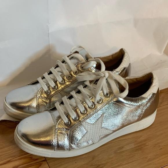 Edris Metallic Leather Sneakers 41
